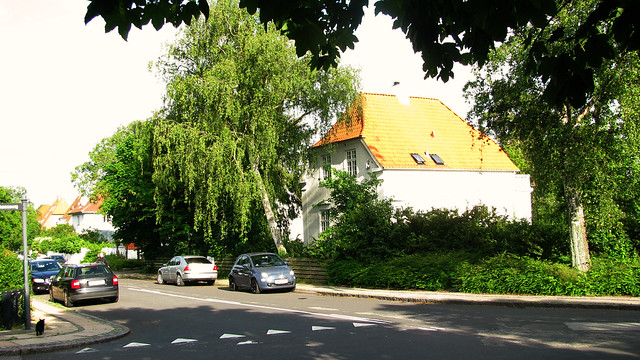 An evening walk around Gentofte