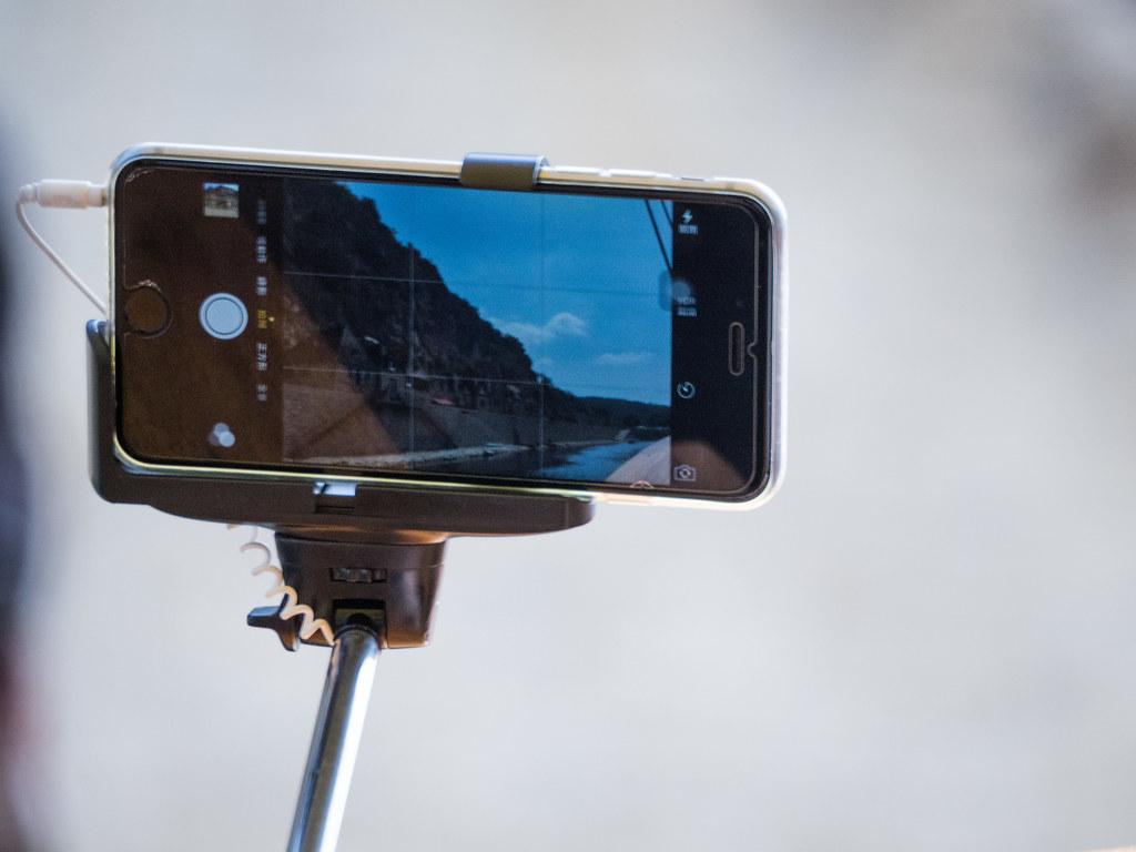 iphone camera in chinese selfie stick france2015 em10 70 3 flickr. Black Bedroom Furniture Sets. Home Design Ideas
