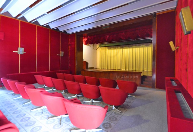 ho chi minh city independence palace entertainment room