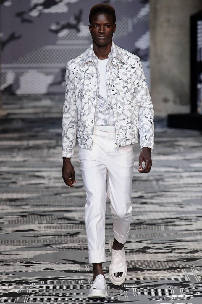 SS16 Milan Neil Barrett015_Fallou Gueye(fashionising.com)