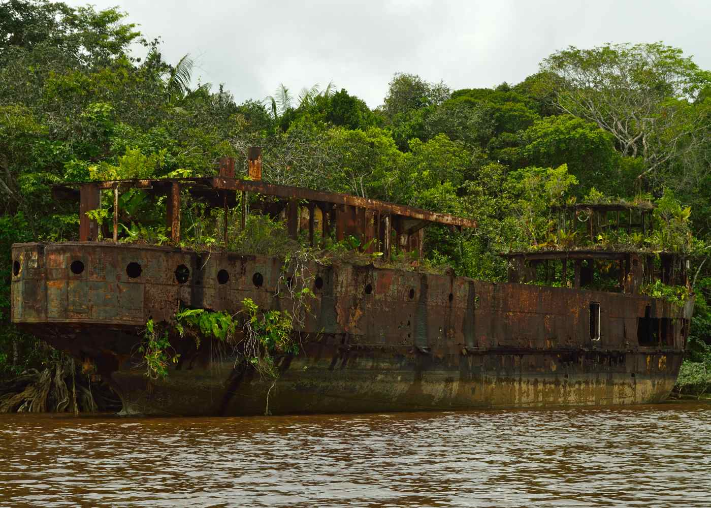 Wreck of The Mazaruni