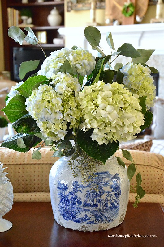 Chinoiserie Crock-Blue and White-Hydrangeas-Housepitality Designs
