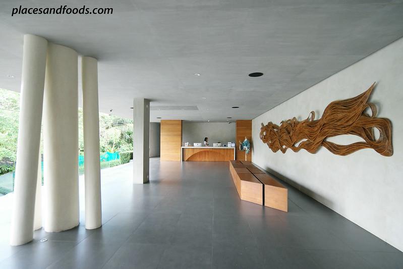 casa de la flora reception