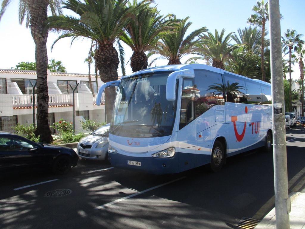 Coach Jardin tui tour coach near the hotel jardin tropical in tenerife,… | flickr