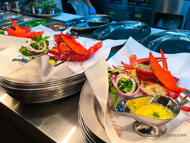 Burger and Lobster Malaysia - Wild Live Lobsters