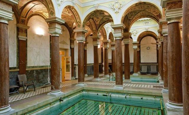 Baños romanos del Hotel Novel Lazne en Marianske Lazne (República Checa)