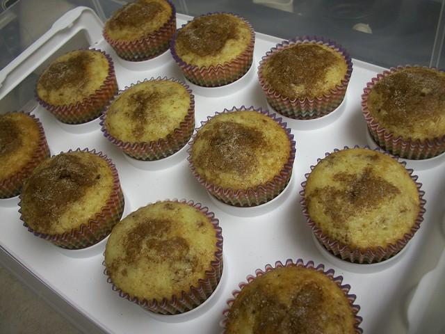 cinnamon toast crunch cupcakes 7