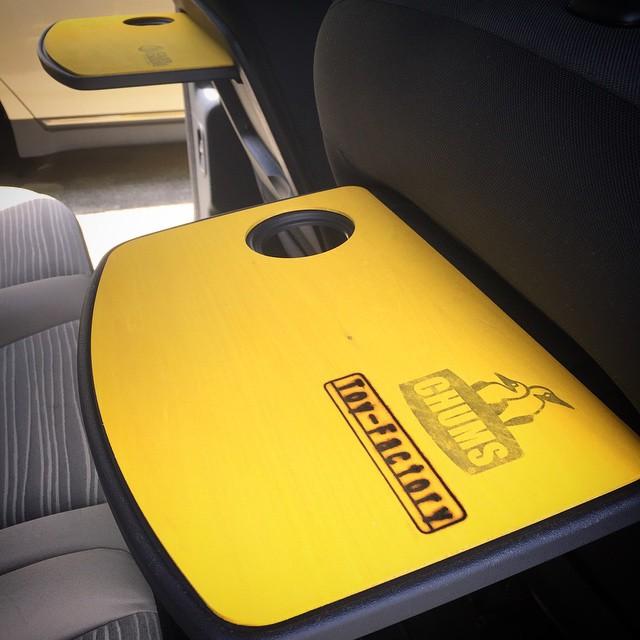 やっと付けた♪車内がすこし明るくなった^ ^ #カングー #kangoo