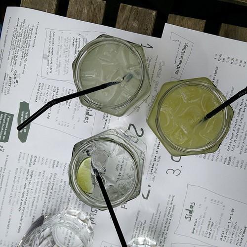Soms drinken wij ook eens geen alcohol. #gingerlemon