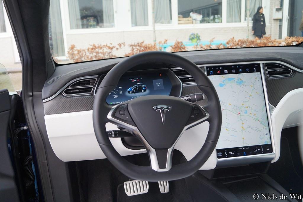 2016 Tesla Model X Interior Kj 946 B Trasmolenlaan