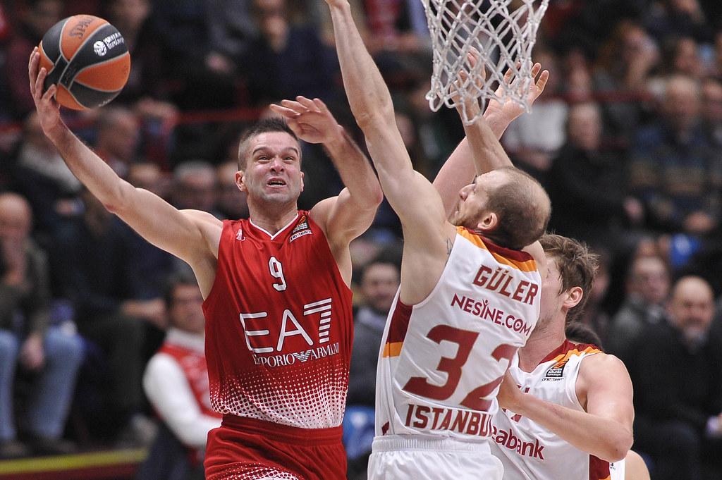 L'Olimpia risponde e batte il Galatasaray 92-87
