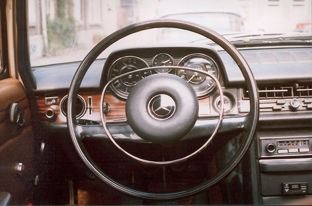 1971 mercedes benz 250 dashboard michiel2005 flickr for Mercedes benz dashboard lights not working