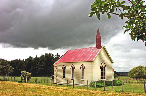 Burnside Church, Wairarapa, New Zealand, 10 December 2005 | by PhillipC