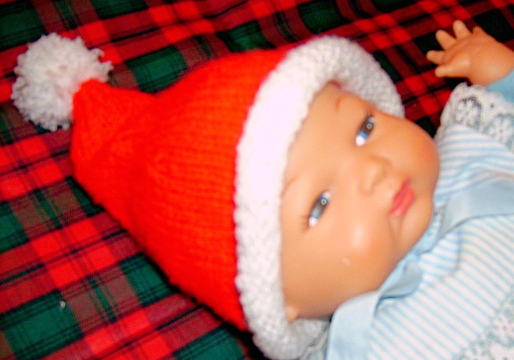Preemie Baby Santa Hat I Ve Been Busy Knitting Preemie Hat Flickr