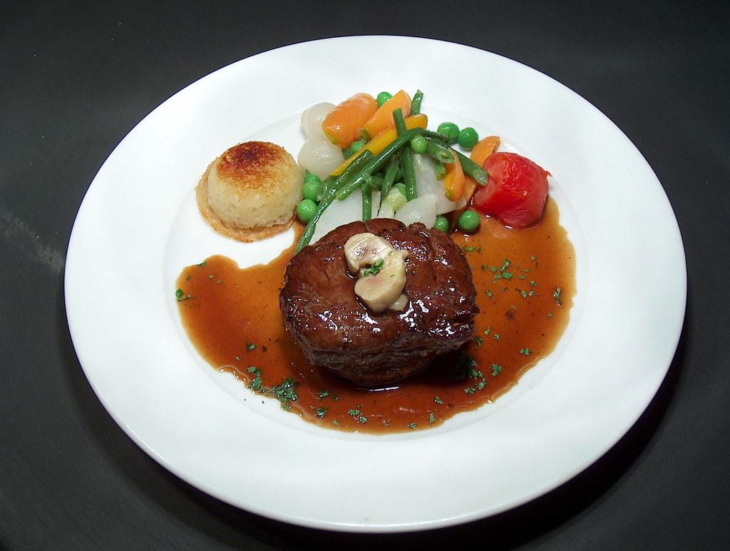 Meat58 tournedos de boeuf saute jardiniere sauce bordelai - Cuisiner tournedos de boeuf ...