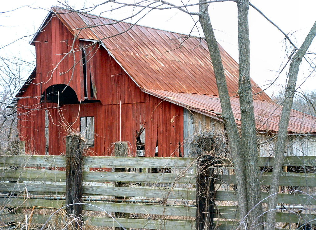 Little Red Barn A Beautiful Old Abandoned Barn In