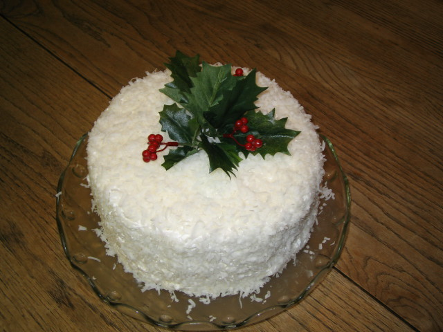 Edible Christmas Cake Decorating Recipes : zih079 coconut christmas cake cool stu Flickr