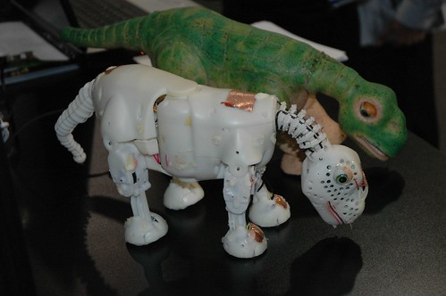 Pleo Ugobe (prototype) | by Rob Lee