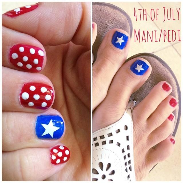 Diy 4th of july mani pedi sweet shoppe mom phoenix az blogger my 4th of july nails i did them myself the star is a vinyl solutioingenieria Images