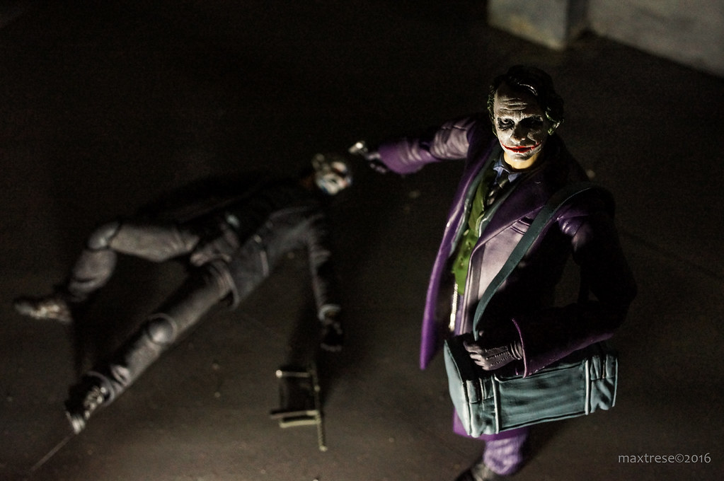 Mafex Joker and Mafex Joker Robber ver