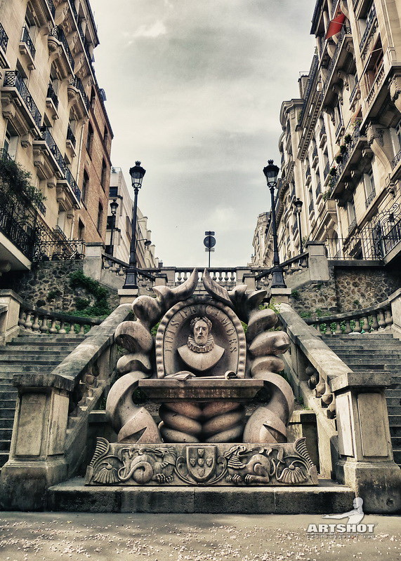 Paris - Luis De Camoes