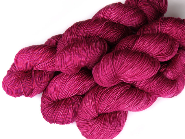 Favourite Sock – hand-dyed superwash merino 4 ply yarn 'La Vie En Rose'