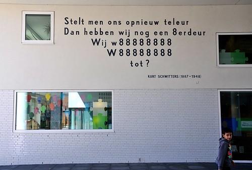 cc Flickr FaceMePLS Gedicht Bonaireplein Leiden