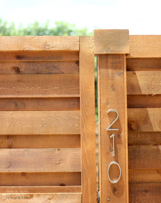 how to build a tongue and groove dog house