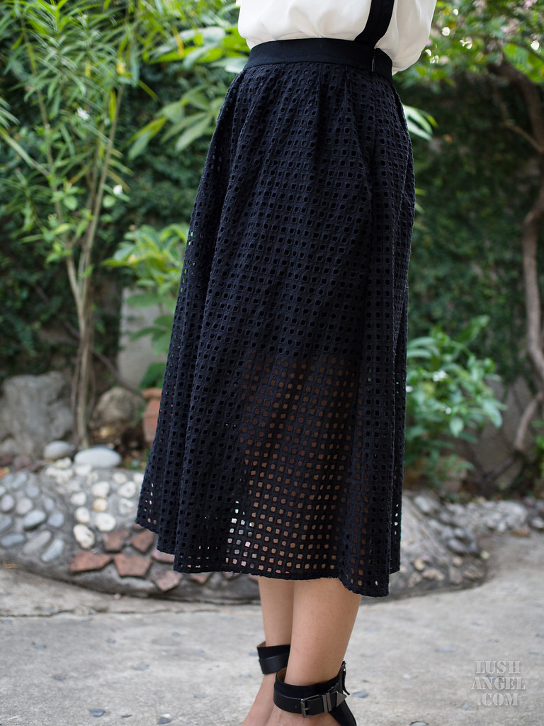 mid-length-skirt