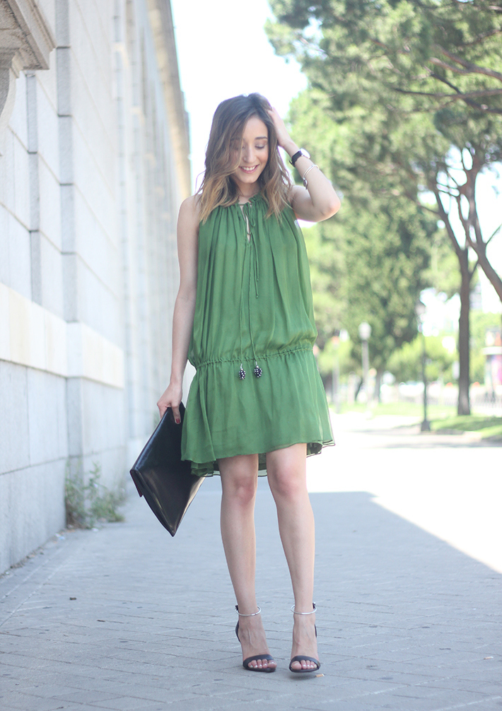 Green Dress07