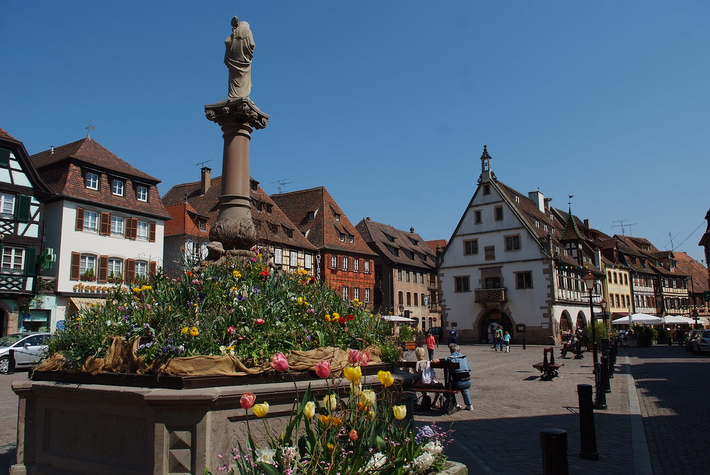 Place du march obernai cr dit photo office de tourisme flickr - Obernai office du tourisme ...