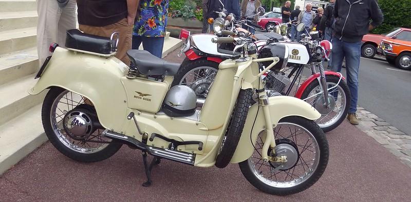 """Triumph 500 """" Les Triplettes de Bonneville """" 20052978361_a729ba7fbe_c"""