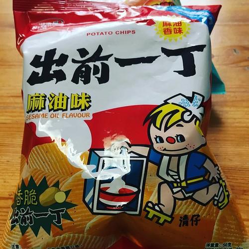 出前一丁もポテチに #香港土産 #香港 #香港の人はカップヌードルと出前一丁をとても愛しておられます
