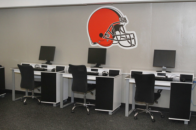 Cleveland Browns, Councilman Conwell Dedicate Teen Space at Glenville Rec