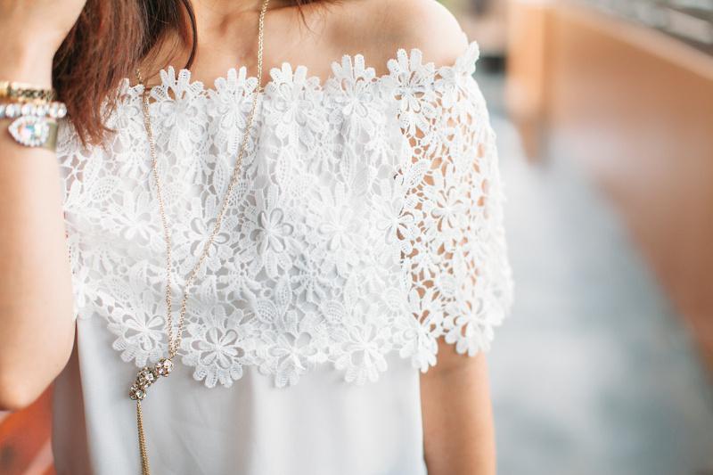 Floral-off-shoulder-top-outfit-4