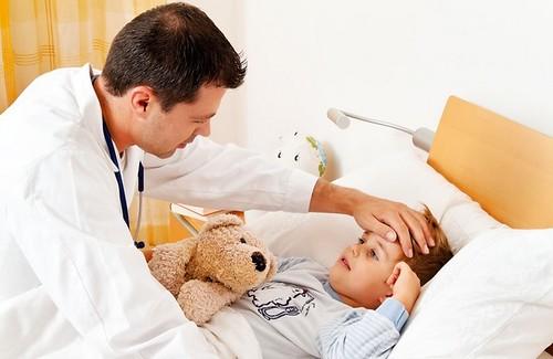Дорослих на грип хворіє менше, дітей — більше