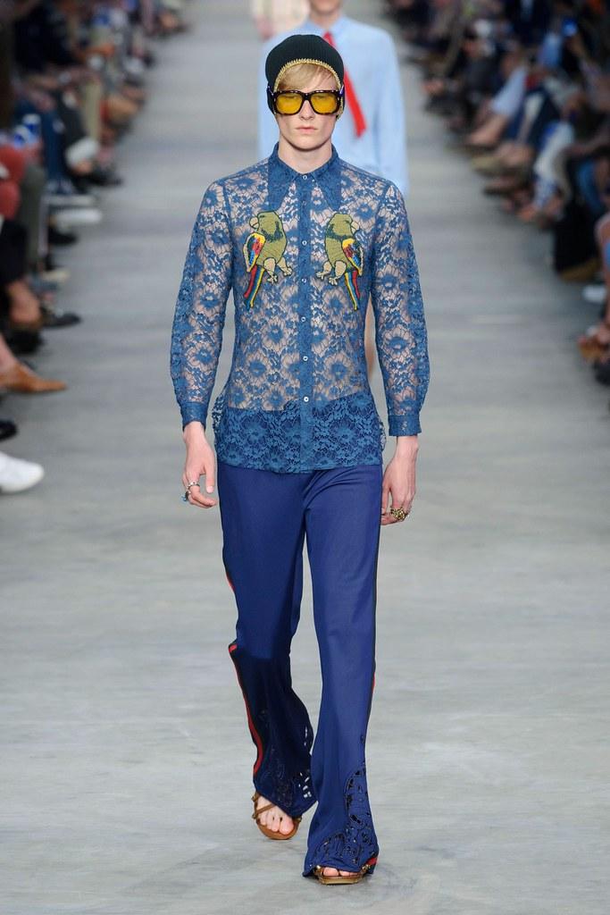 SS16 Milan Gucci016_Knut Roertveit(fashionising.com)