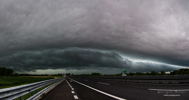 Shelf cloud panorama 2
