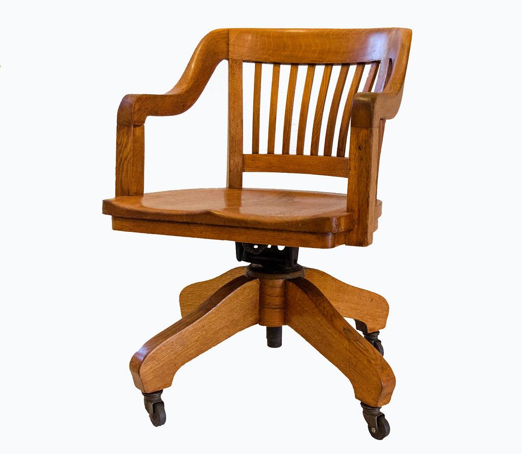 ... 1924 Crocker Chair Co.   Tiger Oak Bankeru0027s Mission Style Rolling  Swivel Chair   By