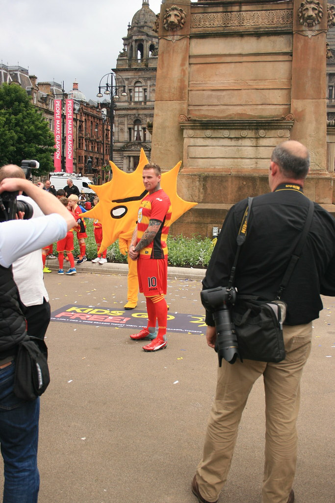 Partick Thistle's Mascot in George Square (81)