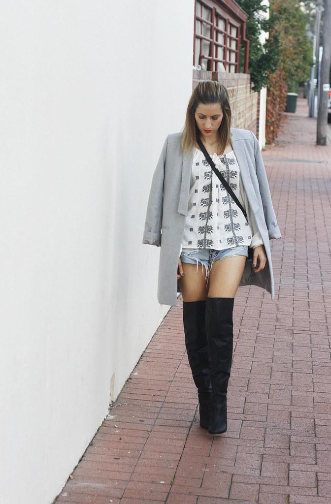 Knee high boot, Grey coat, One Teaspoon shorts