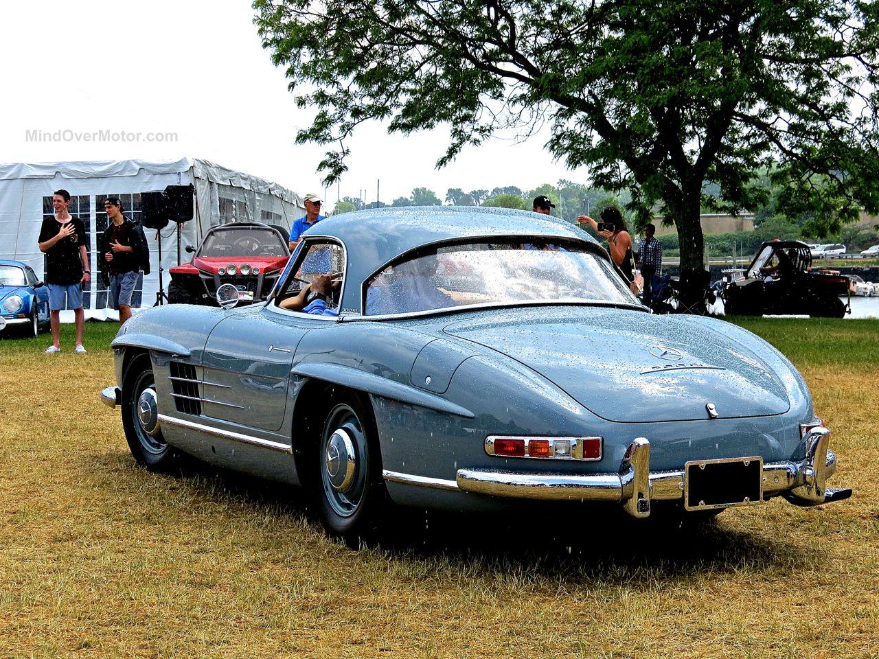 Greenwich 2 Mercedes 300 SL Roadster