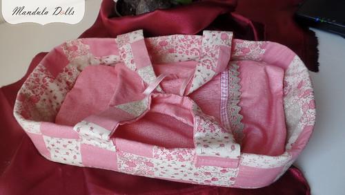 MandulaDolls_baby_rag_rose_carryingbasket_02_01