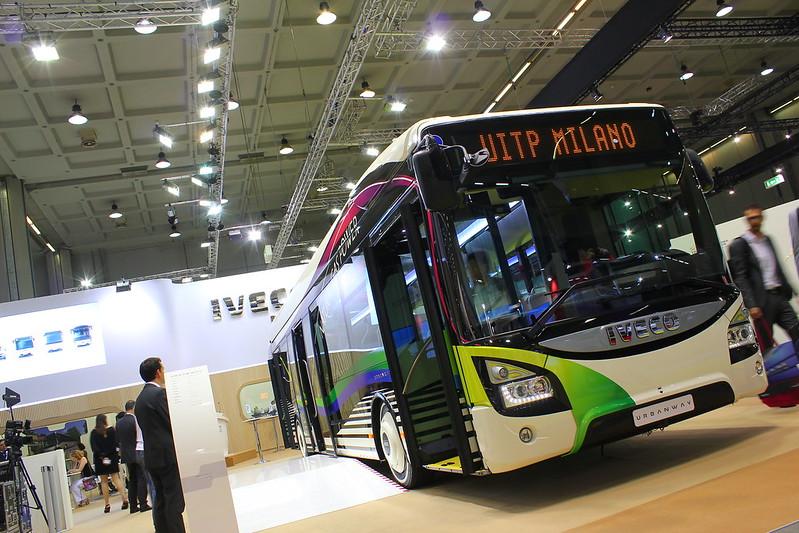Iveco Bus Urbanway 12 CNG - UITP Milan 2015 - MiCo Milano Congressi
