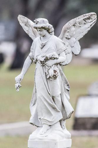 Wallabadah Cemetery statue