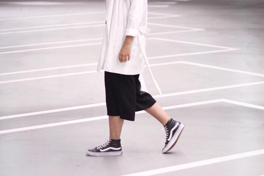 vans sk8 hi with shorts