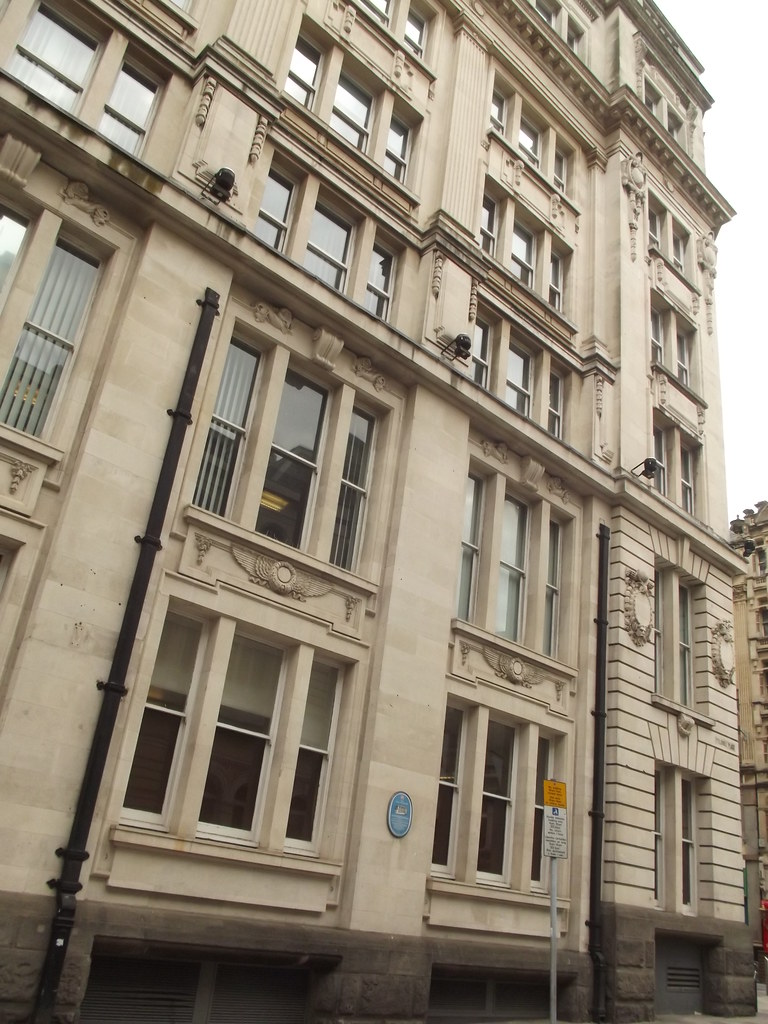 Hodge House Guildhall Place Cardiff On Guildhall