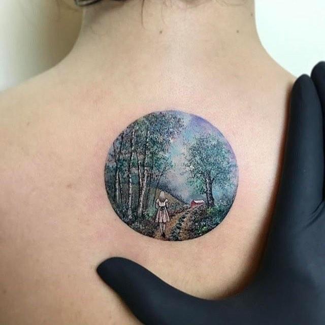 Loving this tattoo art by @evakrbdk 💙