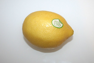 11 - Zutat Bio-Zitrone / Ingredient lemon