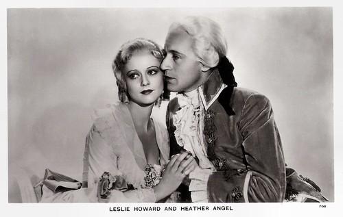 Leslie Howard and Heather Angel in Berkeley Square (1933)